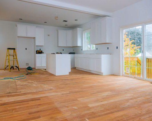 טיפים לתכנון תקציב בשיפוץ ביתי גדול